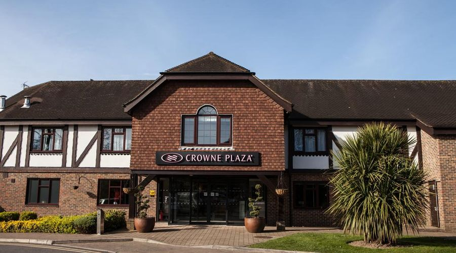Crowne Plaza Felbridge - Gatwick-1 of 43 photos