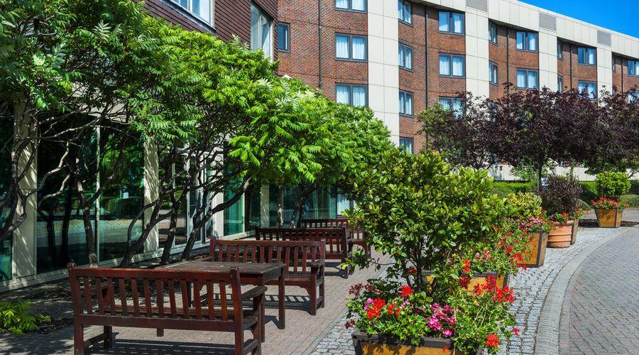 Park Inn by Radisson London Heathrow Airport Hotel-3 of 45 photos