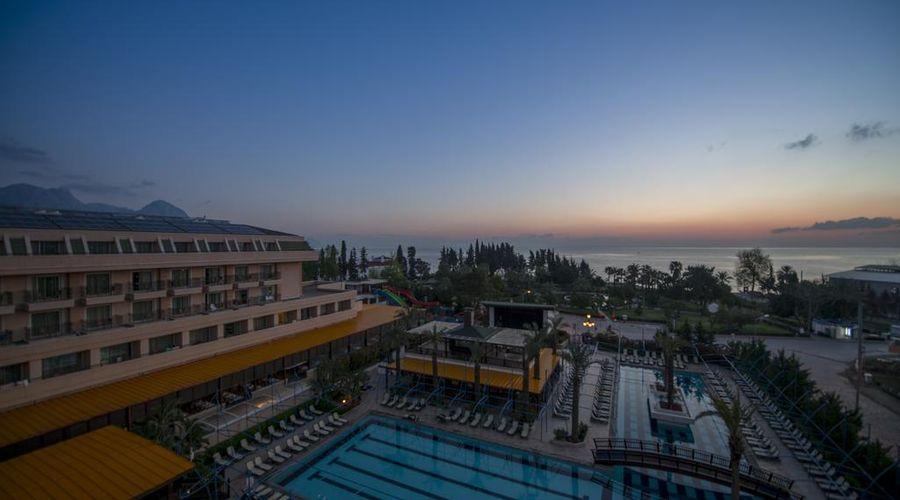Crystal De Luxe Resort & Spa – All Inclusive-4 of 68 photos