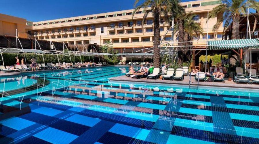 Crystal De Luxe Resort & Spa – All Inclusive-43 of 68 photos