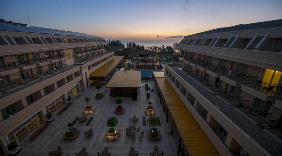 Crystal De Luxe Resort & Spa – All Inclusive-5 of 68 photos