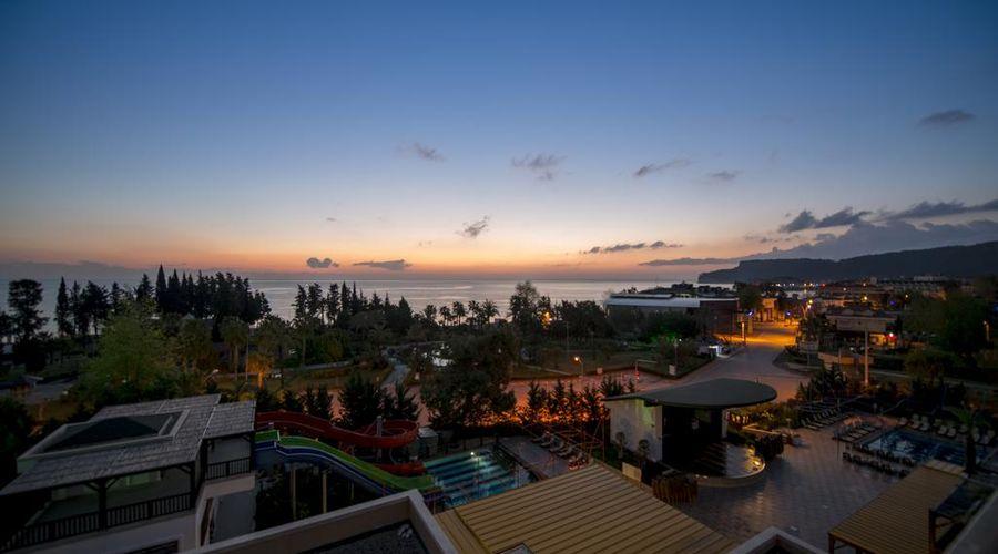 Crystal De Luxe Resort & Spa – All Inclusive-6 of 68 photos