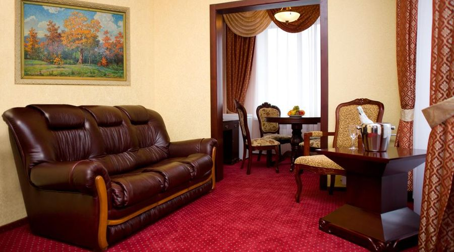 Hotel Ukraine-9 of 31 photos