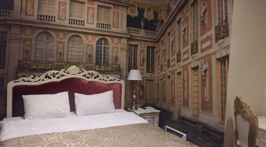 Royal Hotel De Paris-32 of 48 photos