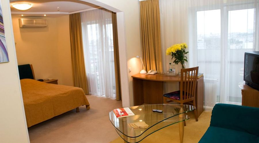 Express hotel-20 of 31 photos