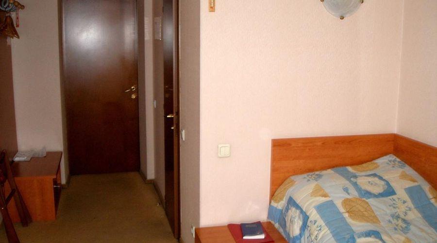 Express hotel-6 of 31 photos