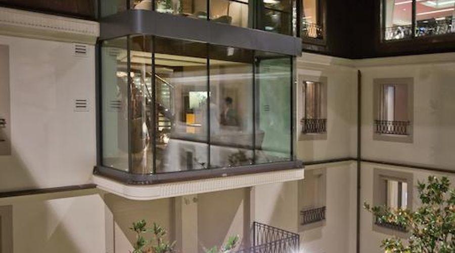 Four Seasons Hotel des Bergues Geneva-3 of 45 photos