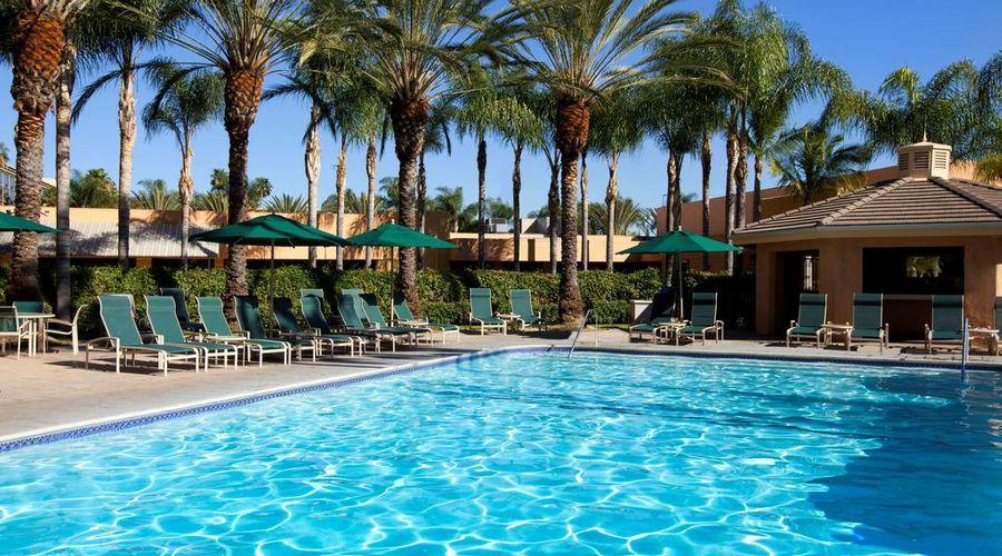 Sheraton Park Hotel at the Anaheim Resort-12 of 35 photos