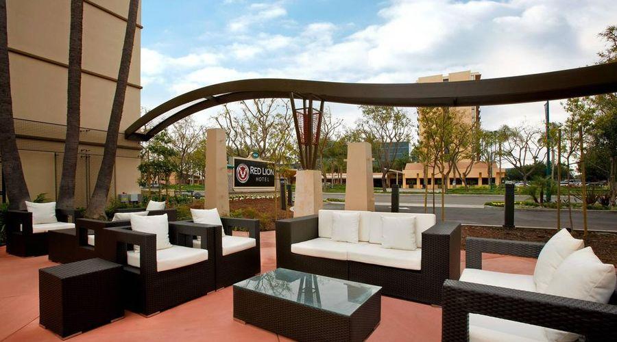 Red Lion Hotel Anaheim Resort-28 of 48 photos