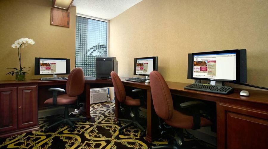 Red Lion Hotel Anaheim Resort-29 of 48 photos