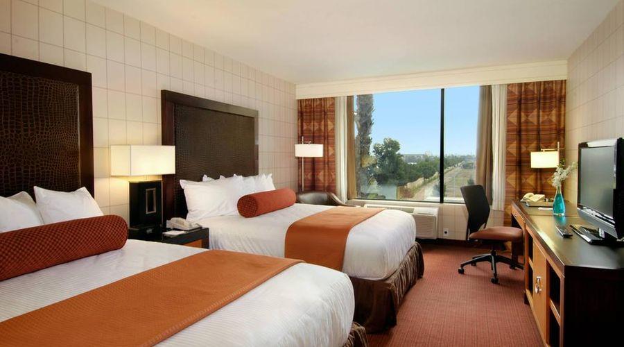 Red Lion Hotel Anaheim Resort-30 of 48 photos
