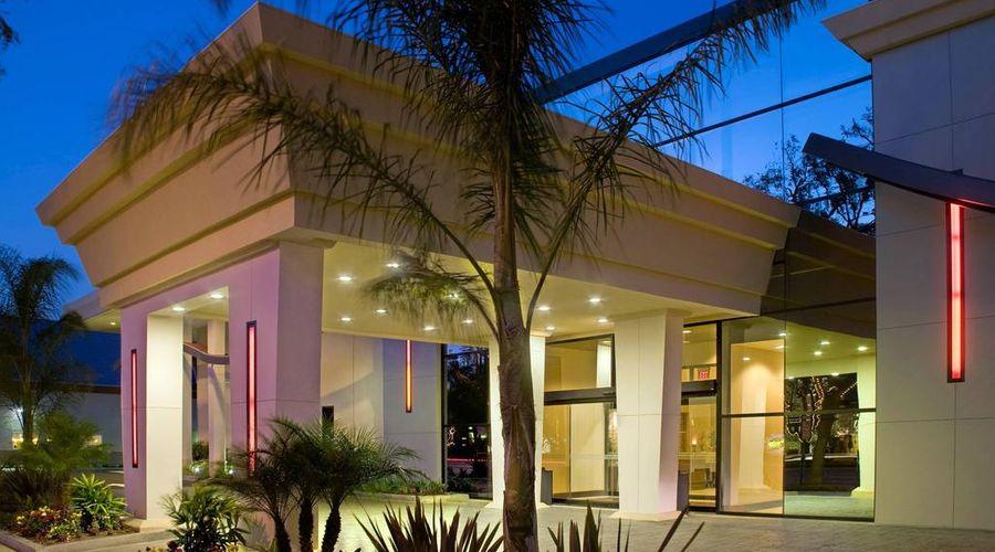 Red Lion Hotel Anaheim Resort-33 of 48 photos