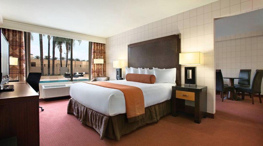 Red Lion Hotel Anaheim Resort-37 of 48 photos