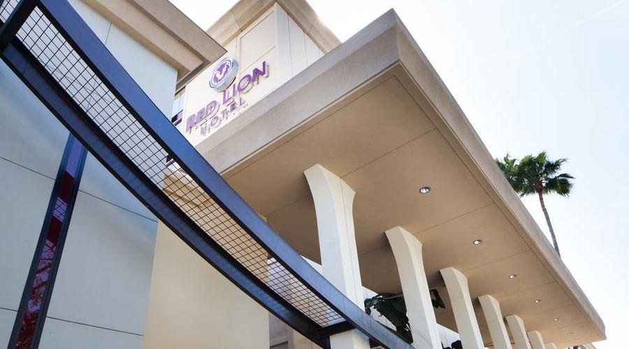 Red Lion Hotel Anaheim Resort-48 of 48 photos