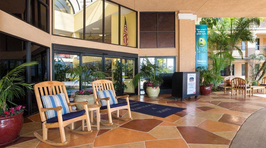 Anaheim Fairfield Inn by Marriott-23 of 33 photos