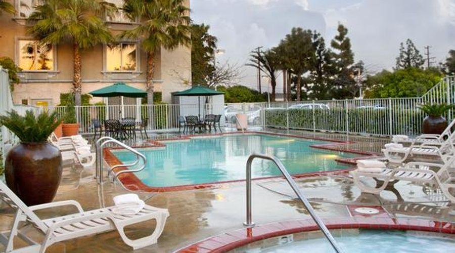 Ayres Hotel Anaheim-5 of 31 photos