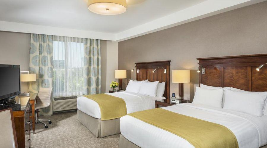 Ayres Hotel Anaheim-8 of 31 photos