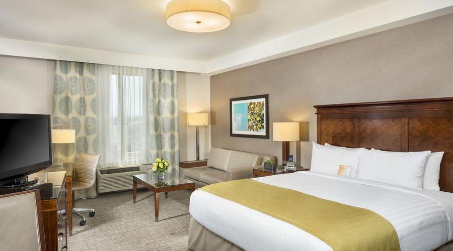 Ayres Hotel Anaheim-7 of 31 photos