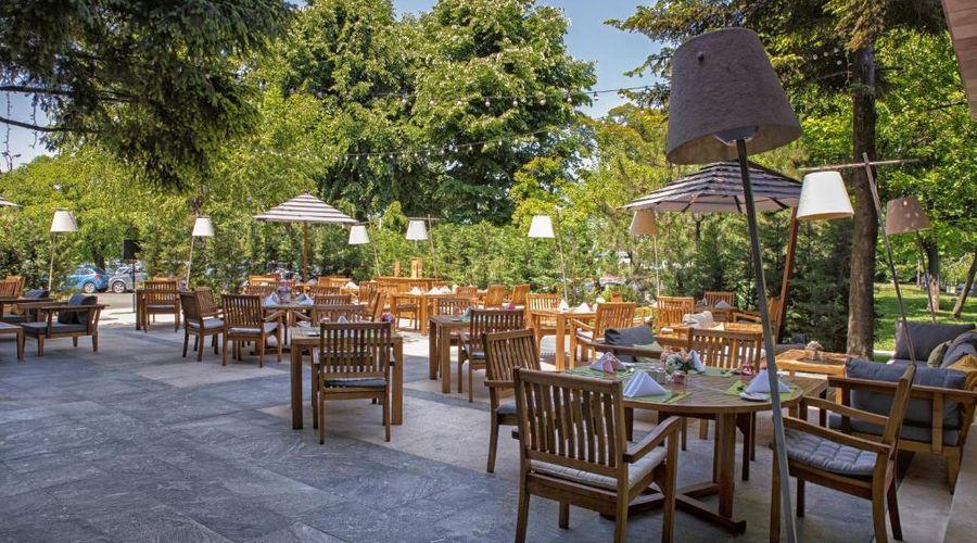 Crowne Plaza Hotel Bucharest-2 of 45 photos