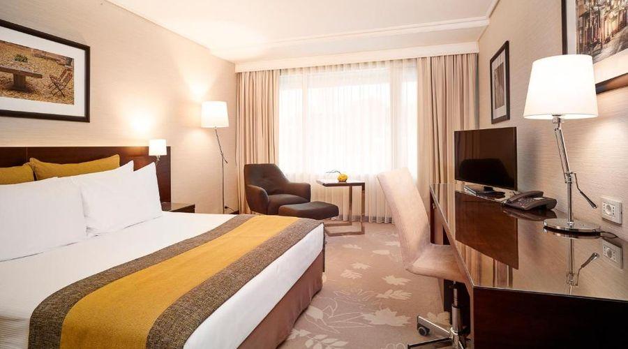 Crowne Plaza Hotel Bucharest-4 of 45 photos