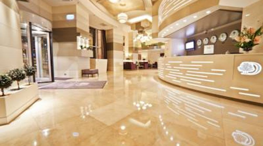 DoubleTree by Hilton Bucharest - Unirii Square-6 of 33 photos