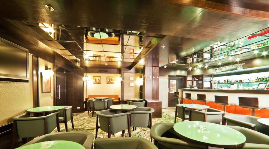 DoubleTree by Hilton Bucharest - Unirii Square-8 of 33 photos