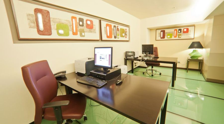 DoubleTree by Hilton Bucharest - Unirii Square-9 of 33 photos