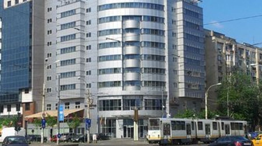 DoubleTree by Hilton Bucharest - Unirii Square-1 of 33 photos