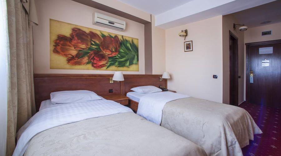 Siqua Hotel-12 of 43 photos