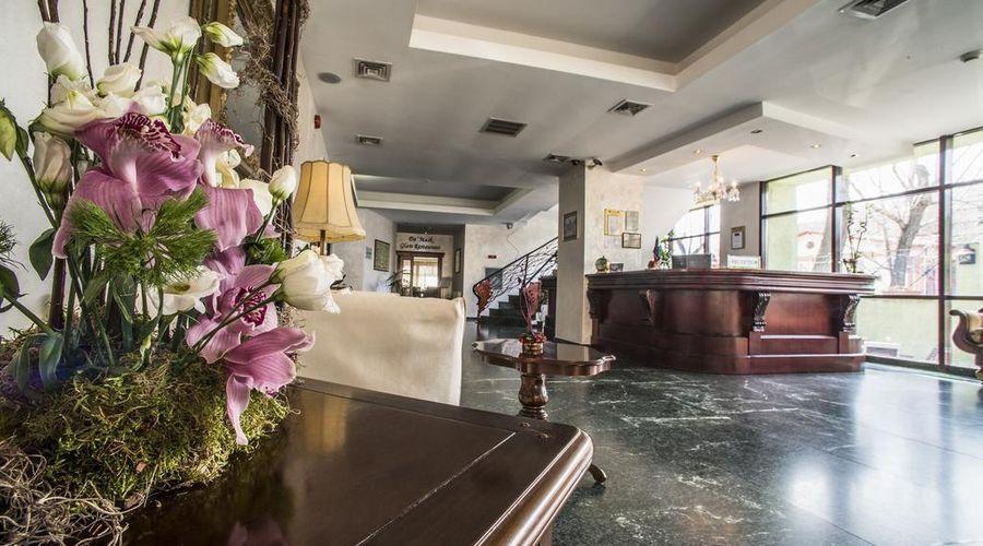 Siqua Hotel-20 of 43 photos