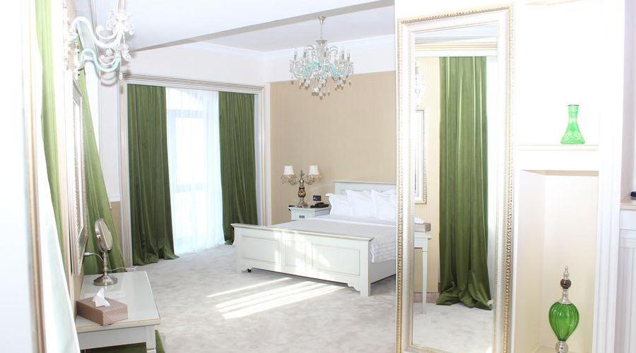 Phoenicia Grand Hotel-16 of 47 photos