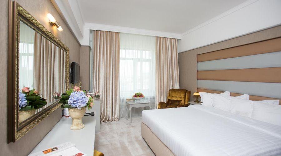Phoenicia Grand Hotel-20 of 47 photos