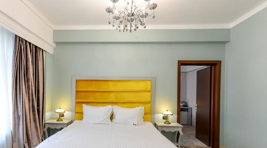 Phoenicia Grand Hotel-39 of 47 photos