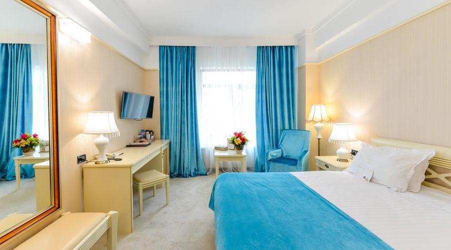 Phoenicia Grand Hotel-44 of 47 photos