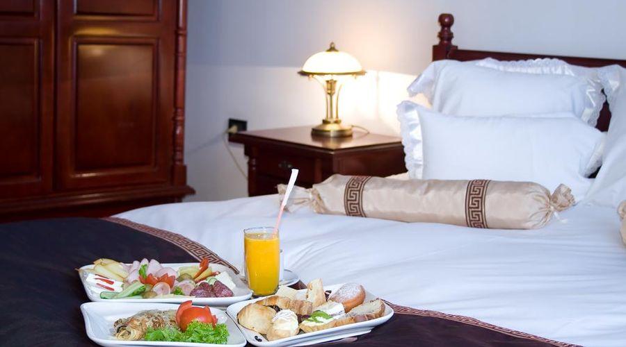 Phoenicia Grand Hotel-45 of 47 photos