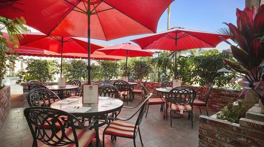 Ramada by Wyndham Costa Mesa/Newport Beach-3 of 25 photos