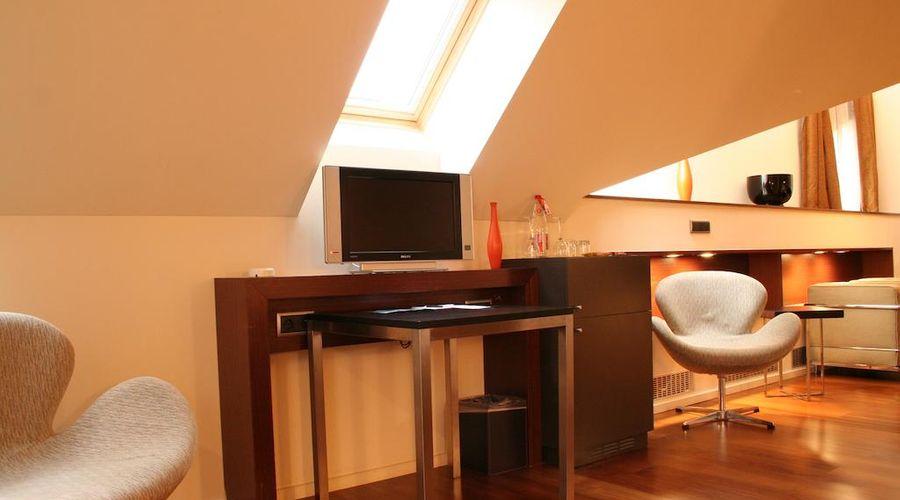 987 Design Prague Hotel-15 of 27 photos