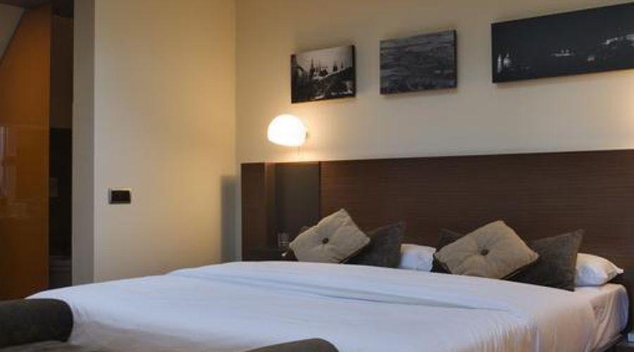 987 Design Prague Hotel-24 of 27 photos