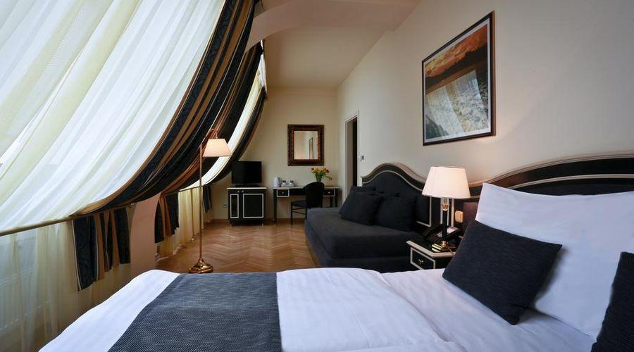 Hotel Elysee-12 of 26 photos