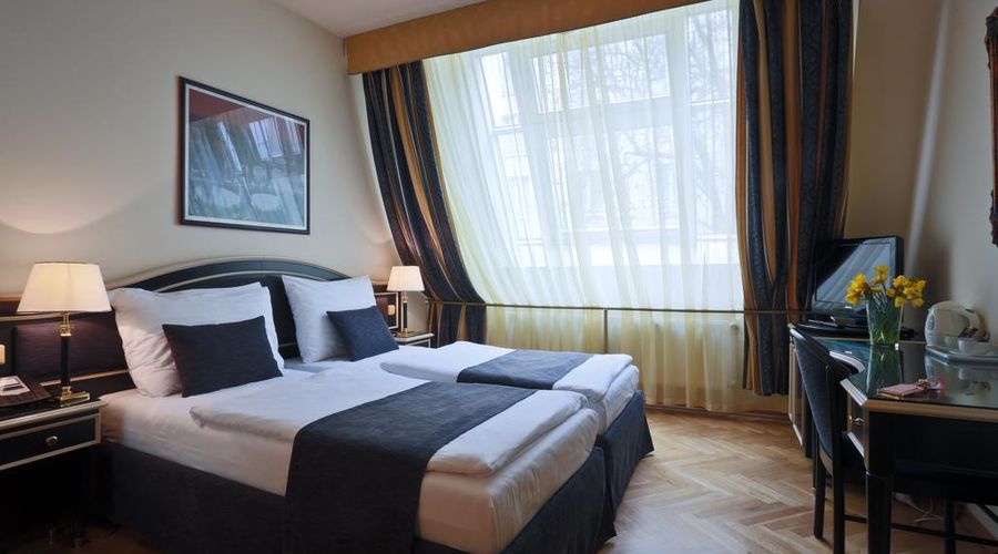 Hotel Elysee-14 of 26 photos