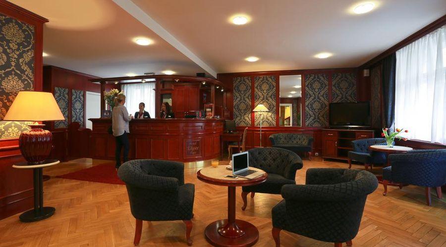 Hotel Elysee-16 of 26 photos