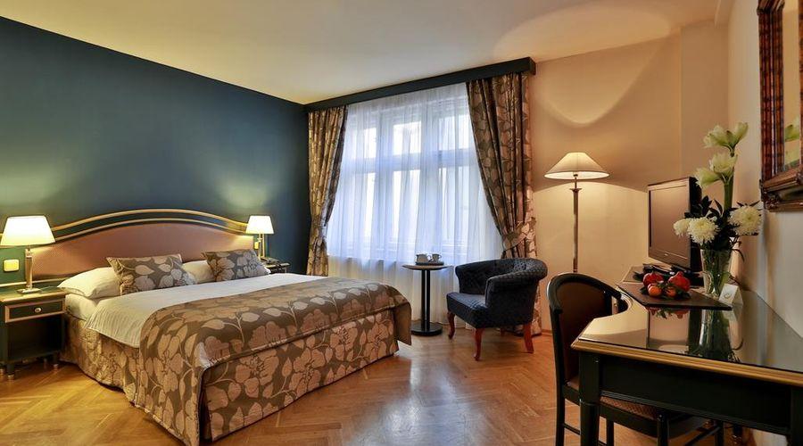 Hotel Elysee-19 of 26 photos