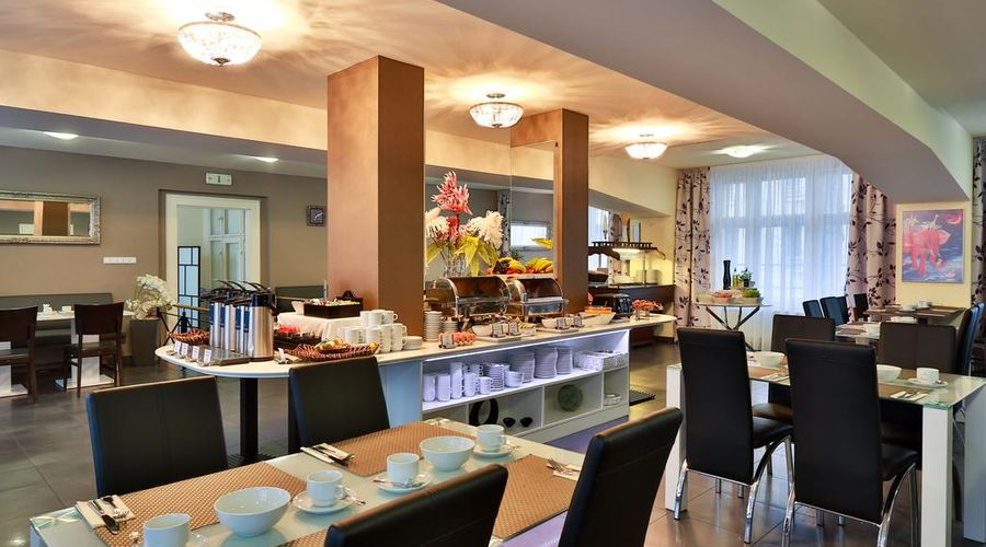 Hotel Elysee-24 of 26 photos