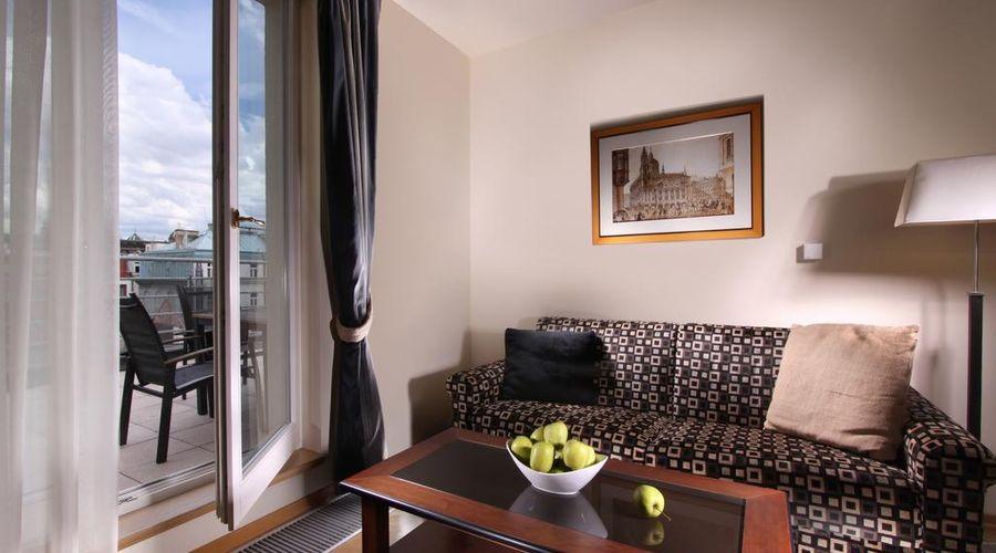 Hotel Elysee-8 of 26 photos