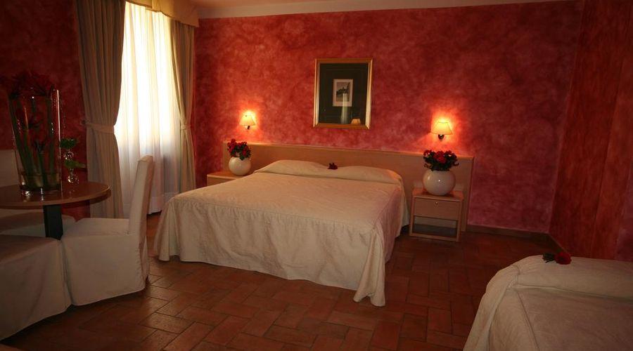 Hotel Roma Prague-22 of 36 photos