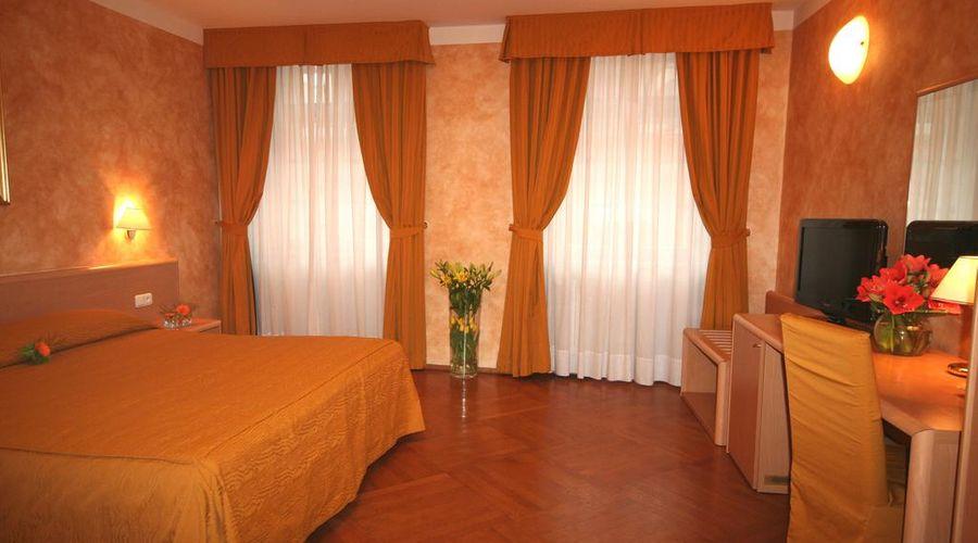 Hotel Roma Prague-9 of 36 photos
