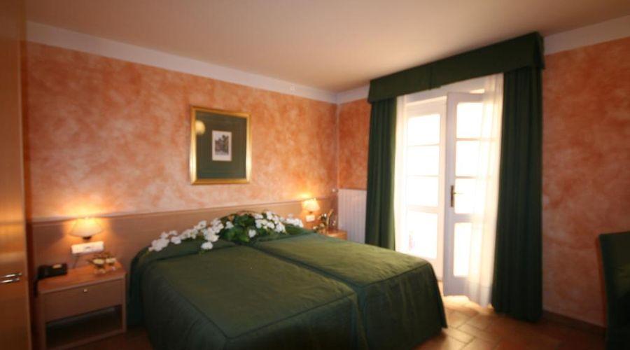 Hotel Roma Prague-7 of 36 photos