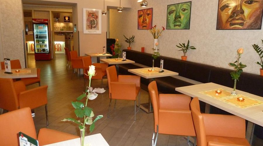 Hotel Pav-13 of 34 photos
