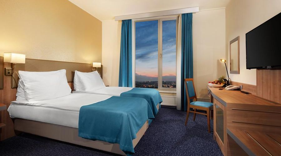 Holiday Inn Prague Congress Centre-3 of 29 photos