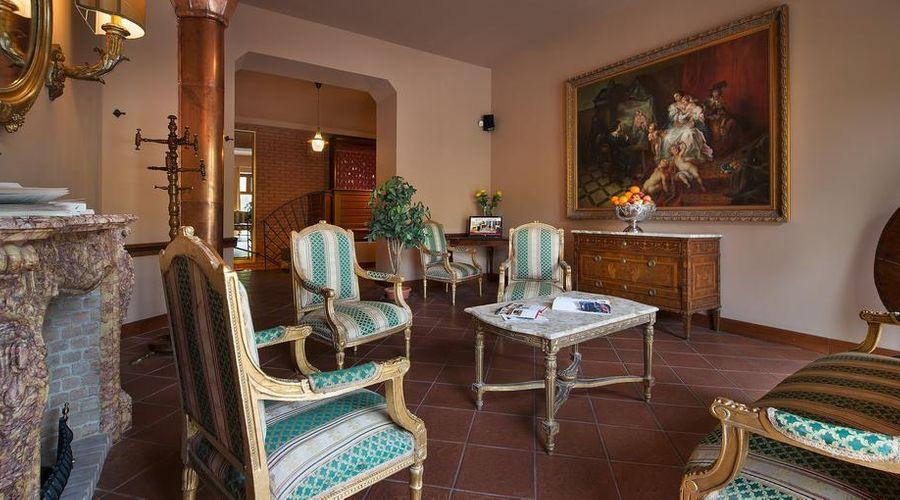 Residence La Fenice-16 of 38 photos